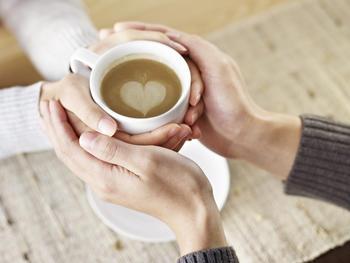 Par og kaffekopp
